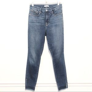 GOOD AMERICAN Good Waist Ankle Skinny Jeans B220